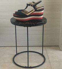 Ženske sandale na platformu