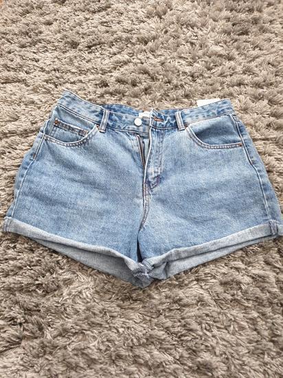 Kratke hlačice high rise mom jeans