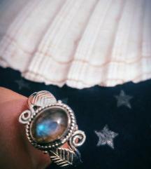 Prsten srebro s Labradoritom 18.3mm