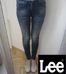 Lee traperice