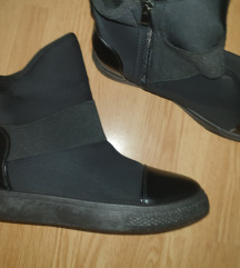 NOVE cipele x