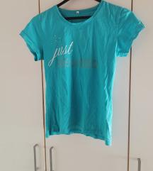 Ljetna majica s natpisom