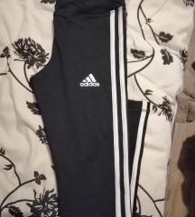 Adidas tajce