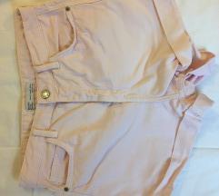 Bershka kratke mom jeans - vel. 38