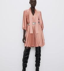 Nova aktualna Zara plisirana haljina