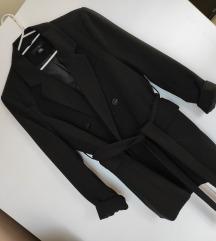 Crni sako blazer