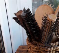 Lot ili pojedinačno četke za kosu
