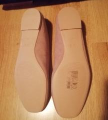 H&M nove krem balerinke