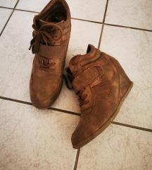 Patike i sandale gratis (poštarina u cijeni) )