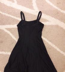 Mala crna haljina M