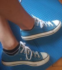 Poklajam uz kupnju - orig Converse plave starke