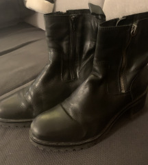 Tamaris niske cizme