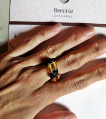 prsten od prirodnog materijala