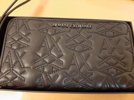 Armani novčanik