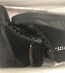 Cipele Guess