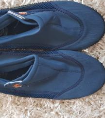 Papuce za vodu 42