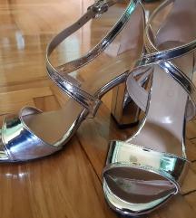 Srebrene sandale ..