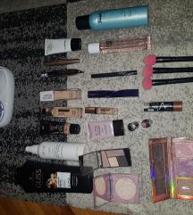 Lot kozmetike + stvari za kosu