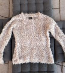 Čipkasti pulover Novo