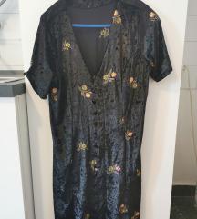 Crna haljina- tisak uključen
