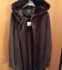 Nova bunda kaputić