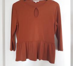 Bluza/majica s volancicem i vezenim detaljem