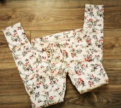 🎀 Terranova hlače