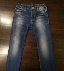 Traper hlače 104 Zara