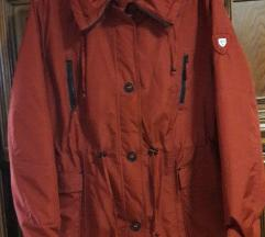 Nova ženska jakna tanja