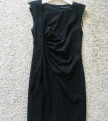 Predivna mala crna haljina vel 34