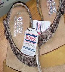 Nove kozne skechers sandale 40/41 memory foam