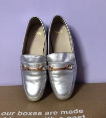 Asos kožne srebrne mokasine 36 37