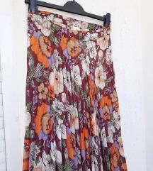 Vintage plisirana suknja visokog struka