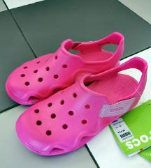 Roze Crocs sandale J2