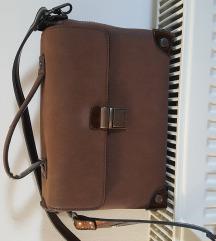 Mala smeđa kofer torba