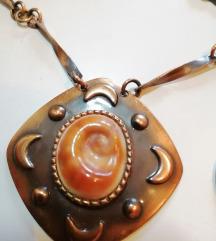 Bakrena ogrlica iz osamdesetih