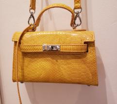 Nova mini torbica. Uklj pt!