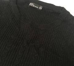 Uski crni pulover