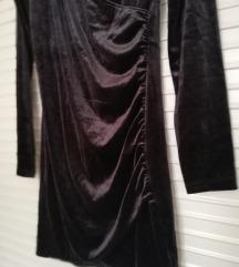 Pliš crna haljina