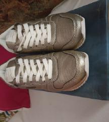 Nove Pepe Jeans tenisice 36