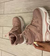 Roze tenisice