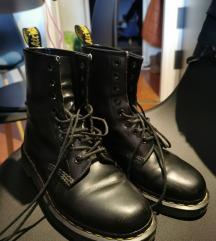 Dr martens čizme (uključena poštarina)