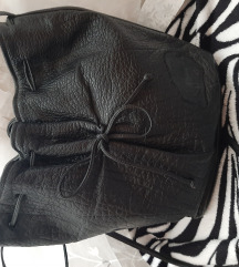 RezDizajnerska bucket torba Carlos Falchi