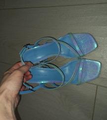 Bershka sandale NOVE