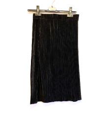 Plisirana crna midi suknja