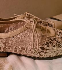 Lijepe cipelice broj 41