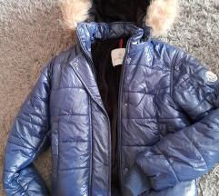 Moncler jakna sa kapuljačom