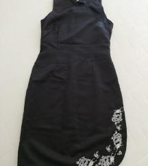 Crna satenska haljina, 38