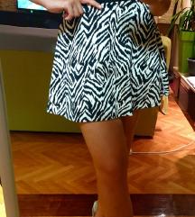 Suknja s uzorkom