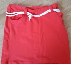 Crvena lagana suknjica